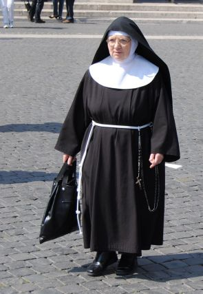 Nun Full Habit